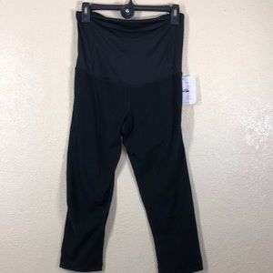 Isabel Maternity Capri Pants Black Size S